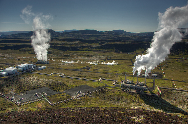 Icelandic Geothermal Power Plant by Scott Ableman at Flickr